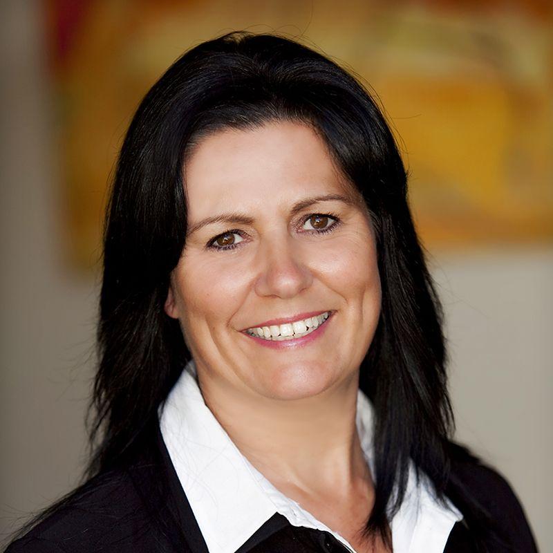 Leanne Poulton